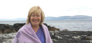 <b>#053 - Energy Healing & Honouring Yourself with Ann Keenaghan</b>